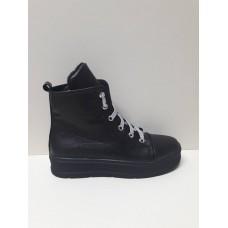 Ботинки -сникерсы
